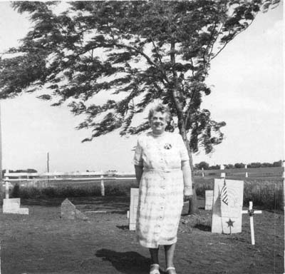 A descendent of Thompson Mead, Ora Mead, 1958
